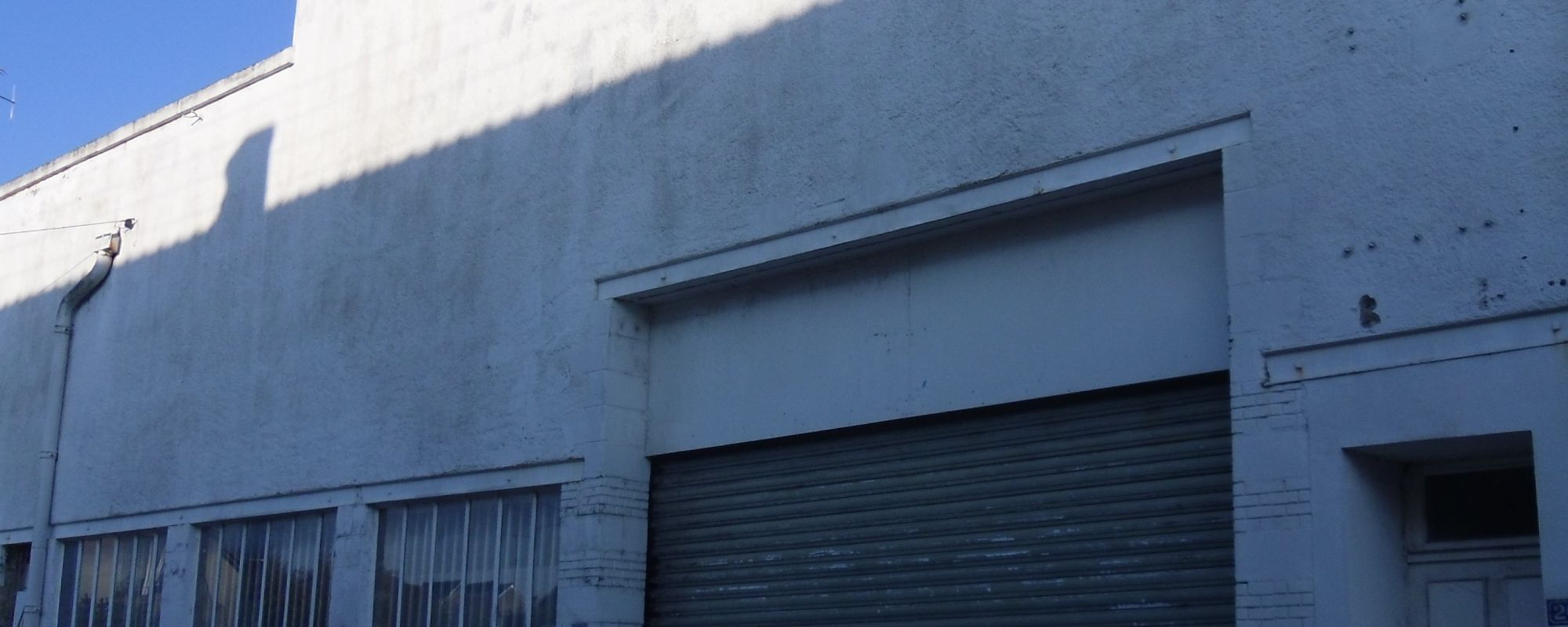 LOCAL COMMERCIAL-PROFESSIONNEL – GARAGE