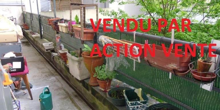 VENDU PAR 1