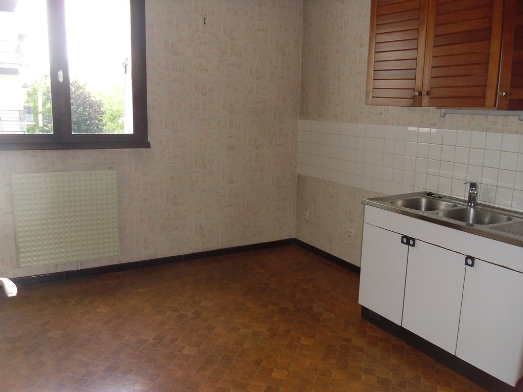 JOUE LES TOURS centre- Appartement 65m² et parking privé