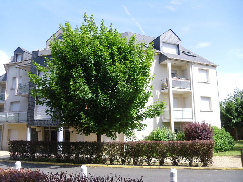 Appartement 2 pièces, balcon, parking